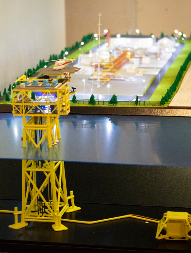 Industrial Model Gas Platform